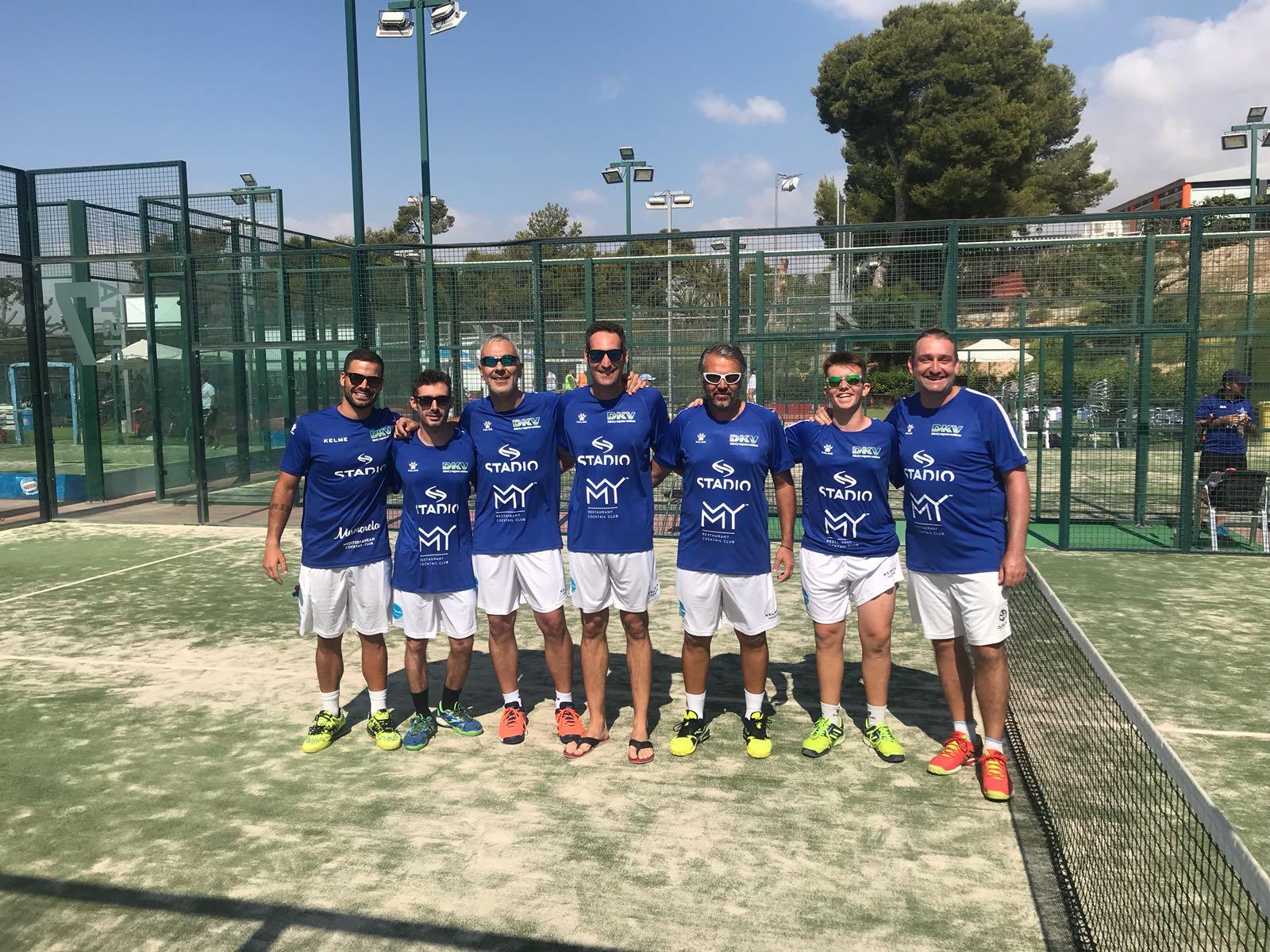 equipo-de-padel-de-stadio-2018-9